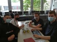 IT-System-Elektroniker*innen verwandeln Unterrichtsraum zum Maker-Labor